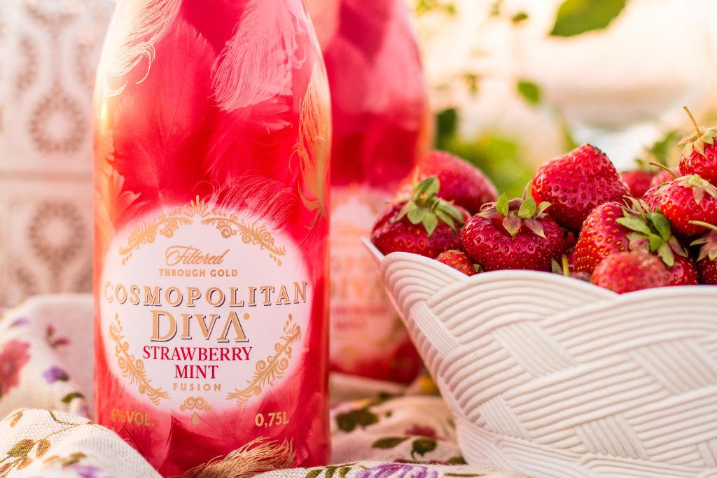 Cosmopolitan Diva Strawberry Mint Fusion